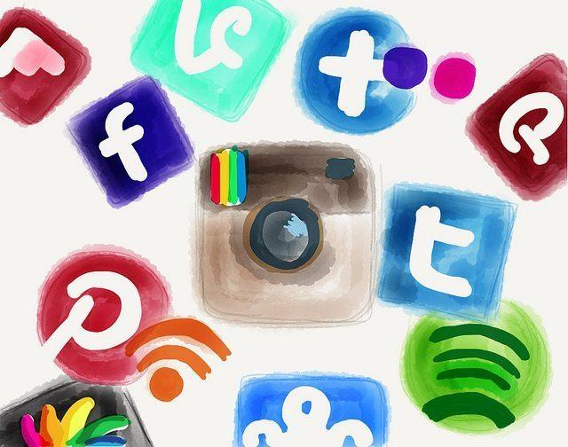 upload_1416862075_socialnetworkssales